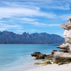 loreto-baja-mexico-blue-water-beach